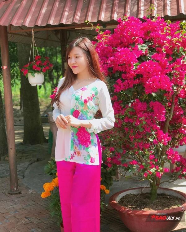Nhật Lê, Quỳnh Anh và hội chân dài của ĐT Việt Nam hóa thiên thần với áo dài, bà ba đón Tết - Ảnh 4.