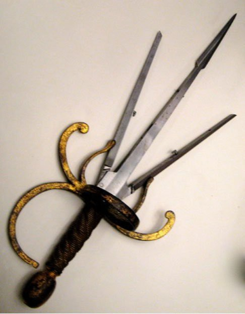 Những vũ khí quái dị ít được biết đến thời Trung cổ - Ảnh 2.