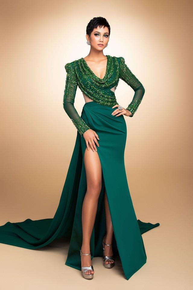 Hoa hậu H'Hen Niê vẻ đẹp truyền cảm hứng - Ảnh 1.