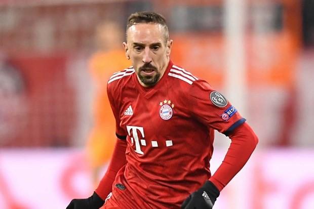 Hoeness: Bayern sẵn sàng trắng tay để chia tay Ro-Ri trong tôn trọng - Ảnh 1.