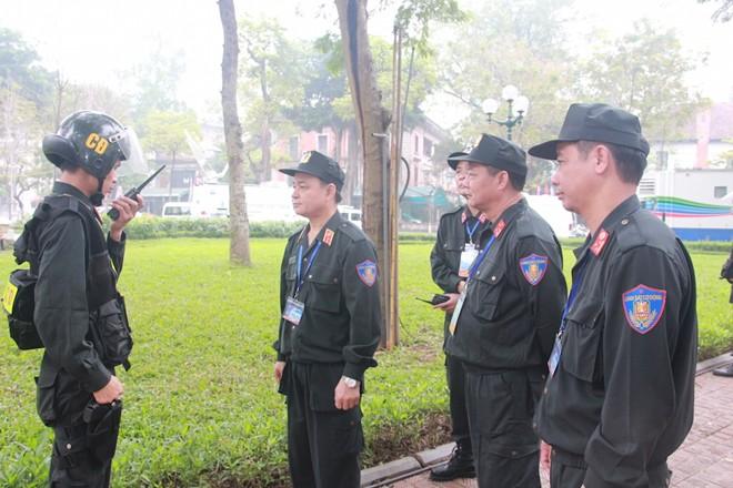 Chuyện về những lá chắn sống đảm bảo tuyệt đối an toàn Thượng đỉnh Mỹ - Triều - Ảnh 1.