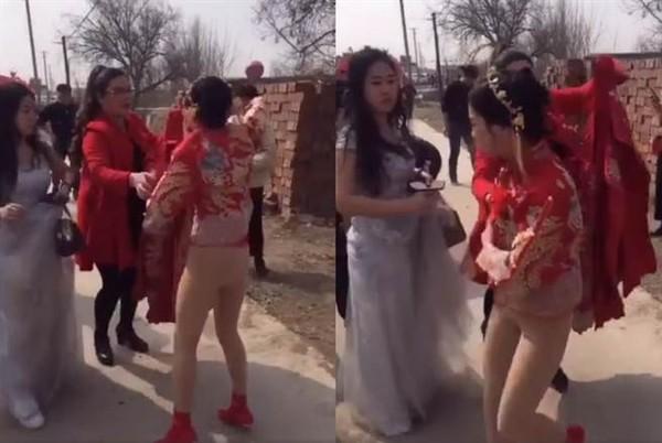 Bị đám khách nam lột váy, cô dâu suýt lộ hàng ngay trong ngày cưới - Ảnh 1.
