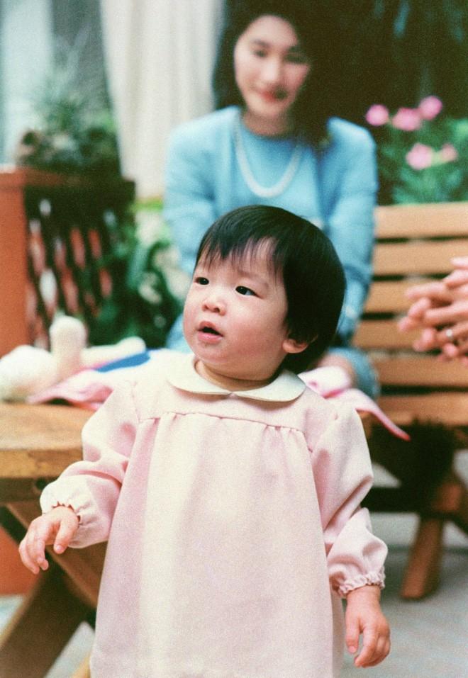 Mako nàng công chúa Nhật Bản: Rời hoàng tộc vì tình yêu, chấp nhận chờ hoàng tử trả nợ xong mới cưới - Ảnh 13.