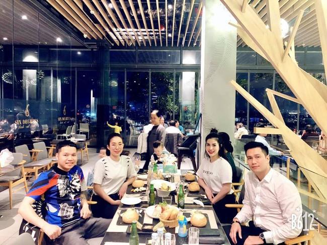Đường tình trắc trở của diễn viên Việt Anh: Hai người vợ trái ngược tính cách và những nghi vấn tình ái với mỹ nhân showbiz Việt - Ảnh 9.