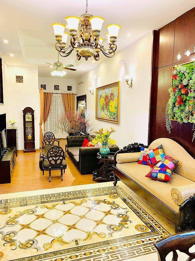 Cận cảnh căn nhà mặt tiền giá trị ở TPHCM của danh hài Thuý Nga - Ảnh 4.
