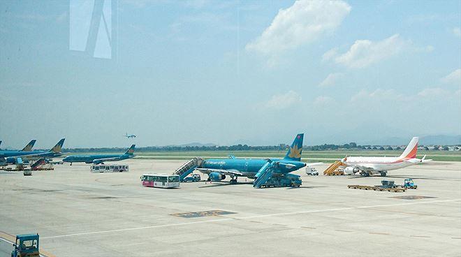 Sau 2 vụ rơi máy bay: Việt Nam tạm dừng cấp phép tàu bay 737 MAX - Ảnh 2.