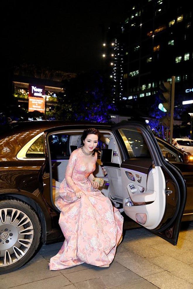 Từng là giai nhân của chủ tịch Tân Hoàng Minh, Hoa hậu không tuổi Giáng My giàu cỡ nào? - Ảnh 11.