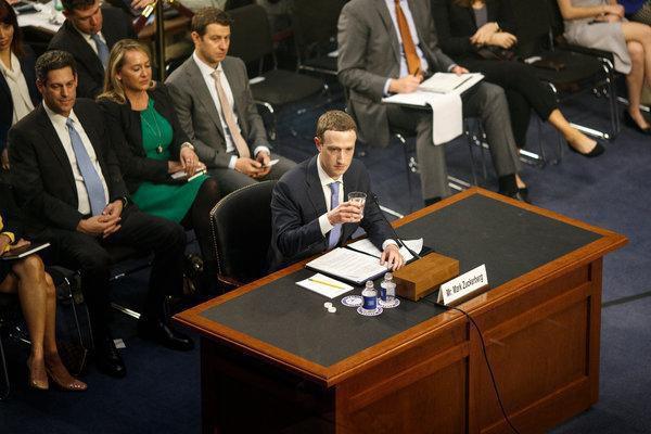 Facebook chính thức bị Mỹ truy tố hình sự, tội danh bán dữ liệu trái phép cho hơn 150 công ty khác - Ảnh 2.