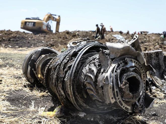 Báo cáo hé lộ sự sợ hãi tột độ của nhiều phi công khi Boeing 737 MAX 8 tự động bay chúc mũi - Ảnh 1.