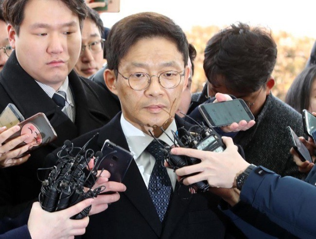 Chân dung nữ công tố viên dũng cảm nổ phát súng đầu tiên chống lạm dụng tình dục ở Hàn Quốc, bóc trần bóng ma đáng sợ khiến hàng nghìn phụ nữ khổ đau - Ảnh 3.