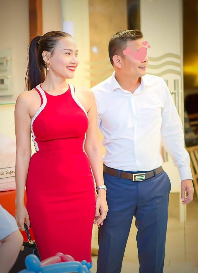 Nữ MC từng đăng tin tuyển chồng bức xúc vì ảnh bầu sữa của mình bị chôm đi quảng cáo thuốc nở ngực - Ảnh 3.