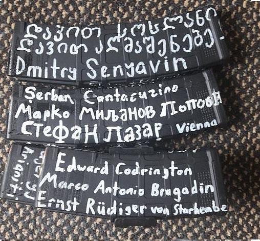 Giải mã dòng chữ bí ẩn được ghi trên vũ khí của những kẻ khủng bố tại New Zealand - Ảnh 1.