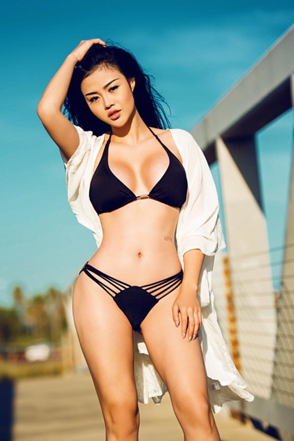 Hoa hậu nổi tiếng ăn chơi nhất Sài Gòn thực sự giàu cỡ nào? - Ảnh 2.