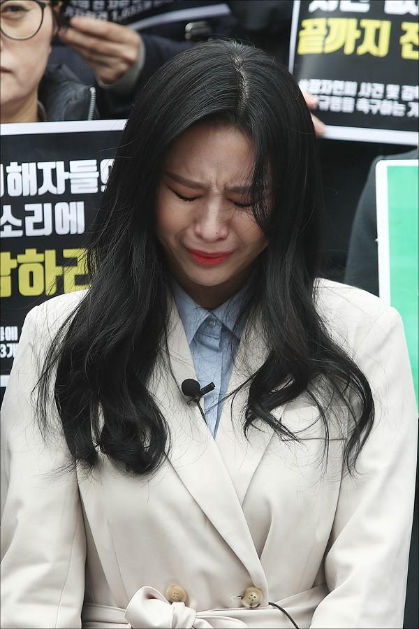 Bạn thân cố diễn viên Jang Ja Yeon tiết lộ những chi tiết sốc trong cái chết của bạn mình 10 năm trước - Ảnh 3.