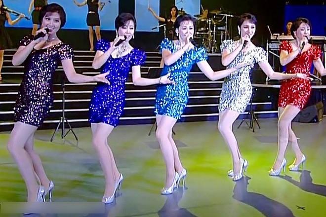 Ban nhạc nữ nổi tiếng nhất Triều Tiên xinh đẹp và quyền lực cỡ nào? - Ảnh 4.