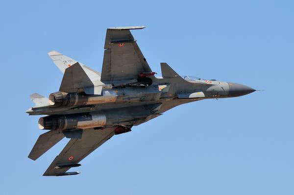 Su-30MKI không tham chiến, cái giá phải trả là MiG-21 Ấn Độ bị bắn hạ: Trung Quốc cảm ơn - Ảnh 1.