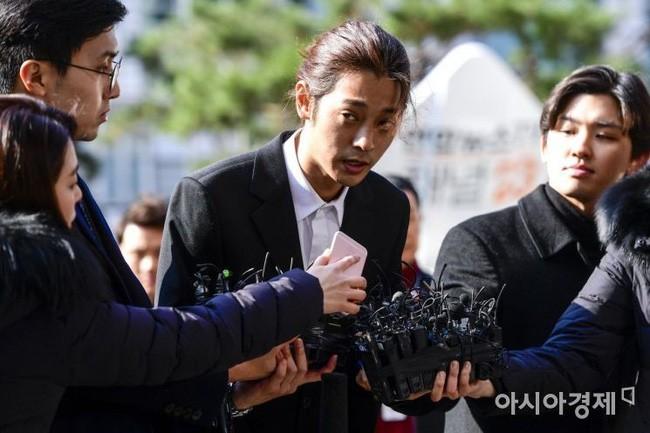 Tổng thống Hàn Quốc ra công điện khẩn liên quan tới scandal trốn thuế, tình dục của Seungri, Jung Joon Young và vụ tự tử của Jang Ja Yeon - Ảnh 2.