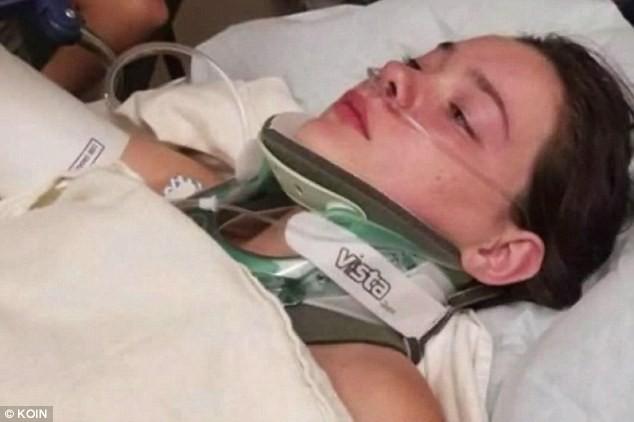 Cái kết đắng của cô gái đẩy bạn thân xuống dưới nước ở độ cao gần 20m khiến nạn nhân bị thủng phổi, gãy 6 xương sườn - Ảnh 1.