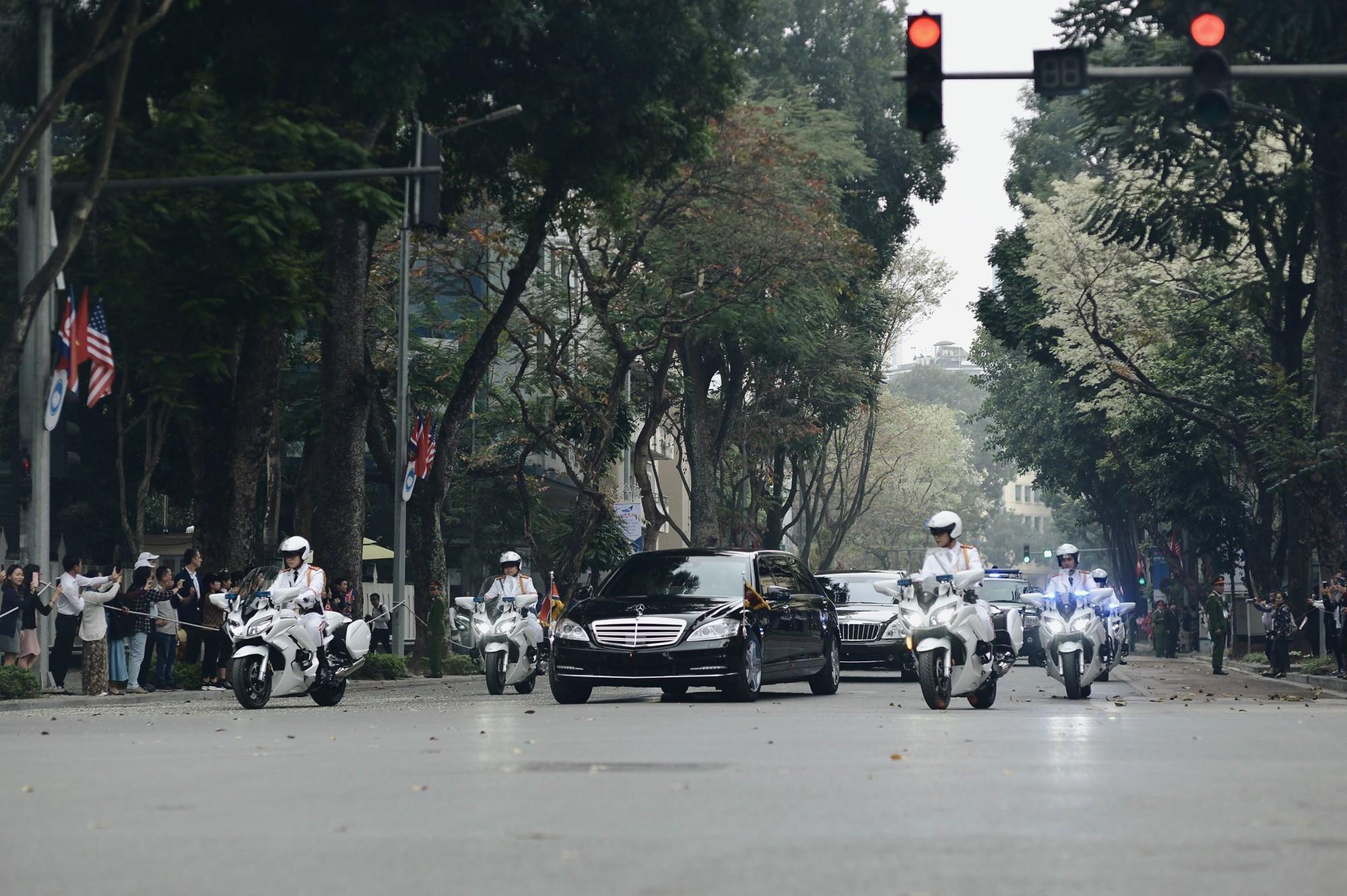 [PHOTO ESSAY] Những khoảnh khắc lịch sử trong chuyến công du Việt Nam đầu tiên của Chủ tịch Kim Jong-un - Ảnh 19.
