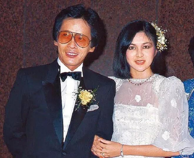 Từng mang danh ăn bám đại gia, Đệ nhất mỹ nhân Quan Chi Lâm nay tự thân vận động kiếm tiền bạc tỷ ở tuổi 56 - Ảnh 3.