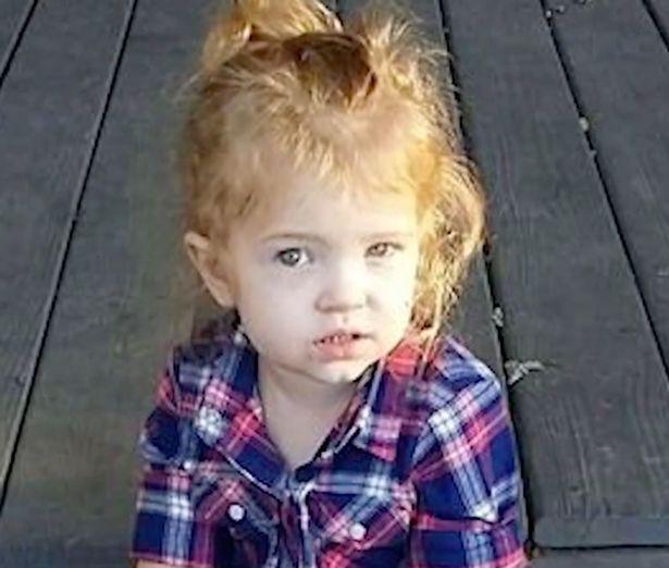 Mải mây mưa với sếp nên bỏ quên con gái 3 tuổi, bà mẹ làm cảnh sát gây ra tội lỗi không thể tha thứ - Ảnh 1.