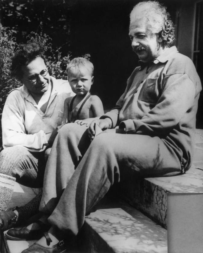 Người con mang 'gien xấu' của thiên tài Albert Einstein - Ảnh 3.