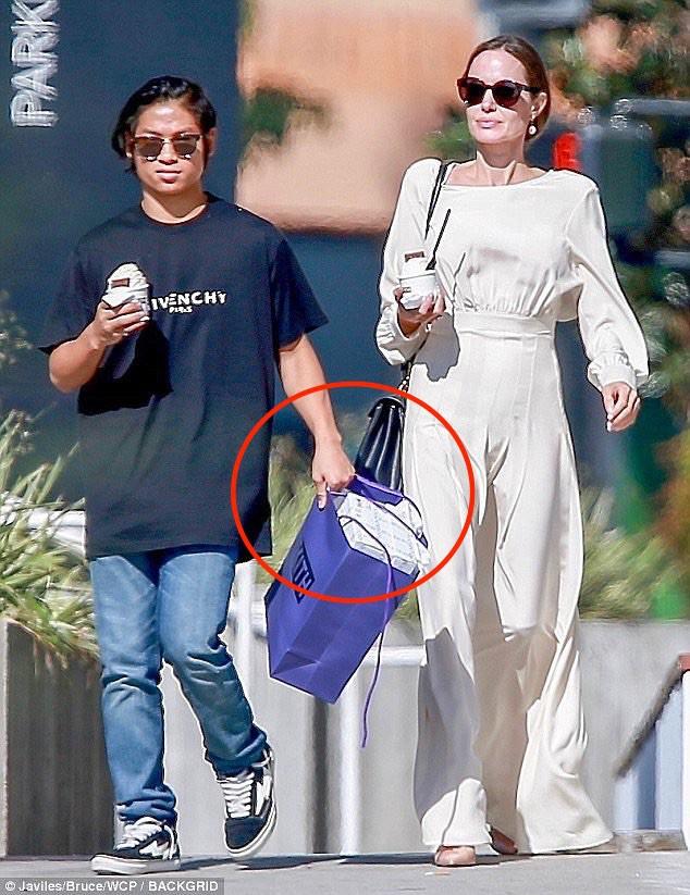 Nhờ hành động đặc biệt này, Pax Thiên là đứa con được Angelina Jolie yêu thương nhất - Ảnh 5.