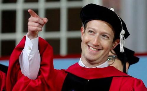 Kiểm tra hiểu biết về 'ông chủ Facebook': Mark Zuckerberg nói được mấy thứ tiếng?