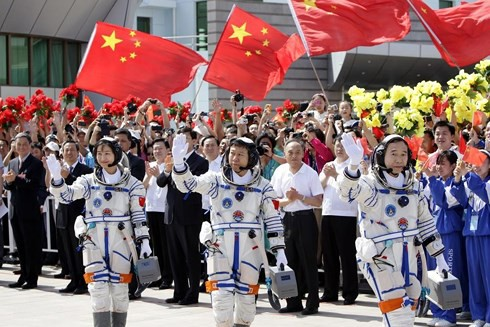 Trung Quốc và tham vọng làm giàu từ Mặt Trăng  - Ảnh 1.
