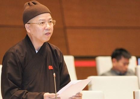 Bị đánh giá học hành Phật pháp chưa có gì bài bản, sao lại được bổ nhiệm làm trụ trì chùa Ba Vàng? - Ảnh 1.