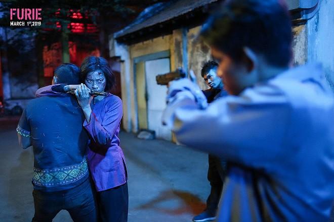 Hai Phượng đạt doanh thu khủng khiếp 200 tỷ và sự cảnh báo với phim Việt - Ảnh 3.