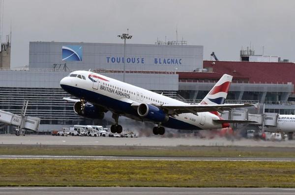 Máy bay đến Đức nhưng lại hồn nhiên hạ cánh ở quốc gia khác - Ảnh 1.