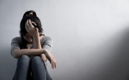 Vụ nữ sinh lớp 10 nghi bị 9 nam sinh hiếp dâm: Nạn nhân cấp cứu trong tình trạng bất tỉnh
