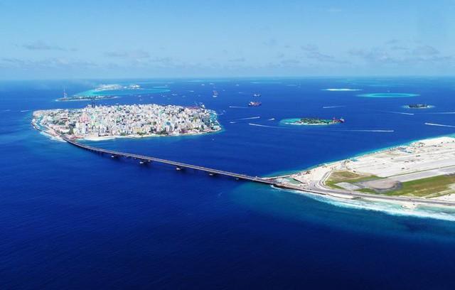 Chìm trong 'núi' nợ vì tham gia vào Sáng kiến Vành đai và Con đường, Maldives loay hoay tìm cách thoát khỏi bi kịch bị Trung Quốc 'bòn rút - Ảnh 4.