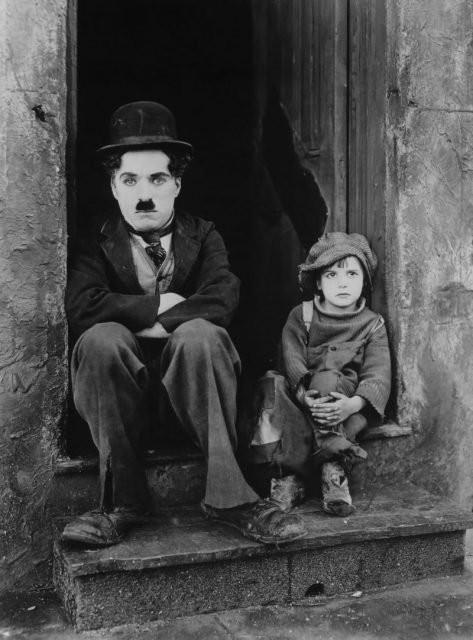 Nỗi đau âm ỉ cả đời của vua hề Chaplin: Bị gửi cả lông trắng đến nhà để giễu cợt - Ảnh 4.