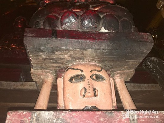 """Độc đáo bức tượng """"đầu người đội Phật"""" nghìn năm tuổi - Ảnh 4."""