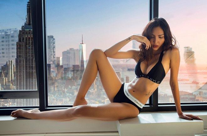 Bạn gái tin đồn của Hoa hậu Kỳ Duyên: Gia thế khủng, hình thể nóng bỏng nhất nhì showbiz - Ảnh 2.