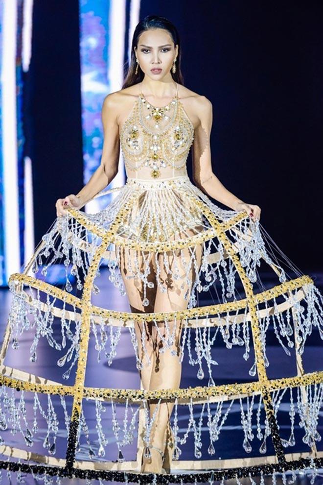 Bạn gái tin đồn của Hoa hậu Kỳ Duyên: Gia thế khủng, hình thể nóng bỏng nhất nhì showbiz - Ảnh 7.