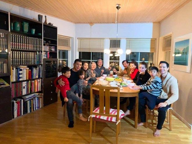 Hồ Ngọc Hà khoe lần đầu đi ăn cưới ở Mỹ và bất ngờ với biểu cảm của Kim Lý khi làm phù rể - Ảnh 9.