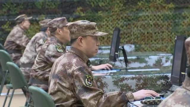 Quân đội Trung Quốc căng thẳng: Hơn 200 tướng đi thi, kéo dài tới tận đêm khuya - Ảnh 6.