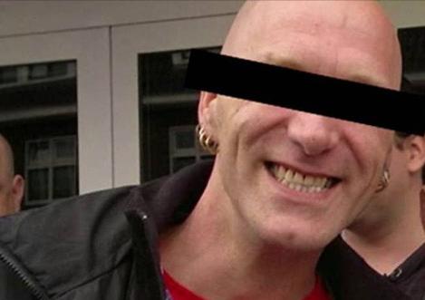 Thiếu nữ bị cưỡng bức và giết chết, anh trai kế đứng ra đầu thú giết em gái, giúp cảnh sát bắt được kẻ thú ác sau 20 năm - Ảnh 3.