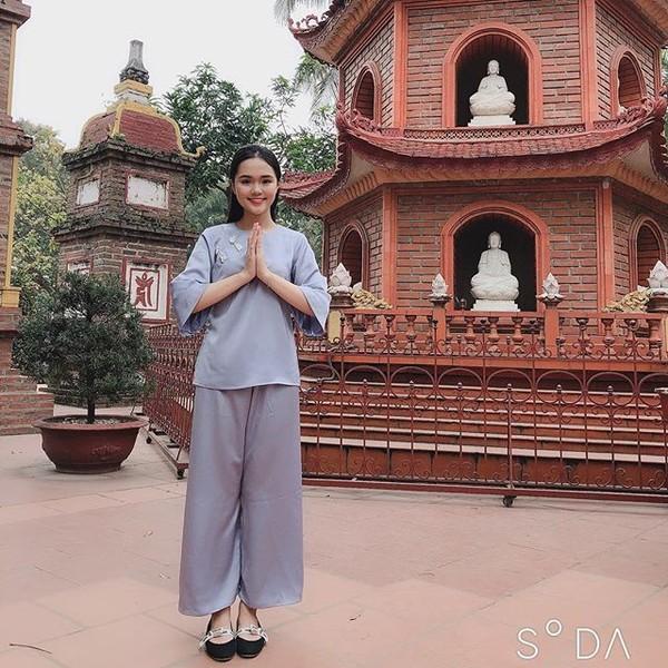 Cận cảnh Quỳnh Anh diện cây đồ hiệu của Duy Mạnh - Ảnh 3.
