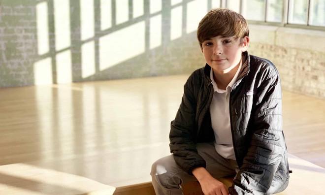 Cậu bé 12 tuổi giải thích vì sao thay vì chơi game ở độ tuổi này, cậu lại đi chế tạo lò phản ứng hợp hạch - Ảnh 1.