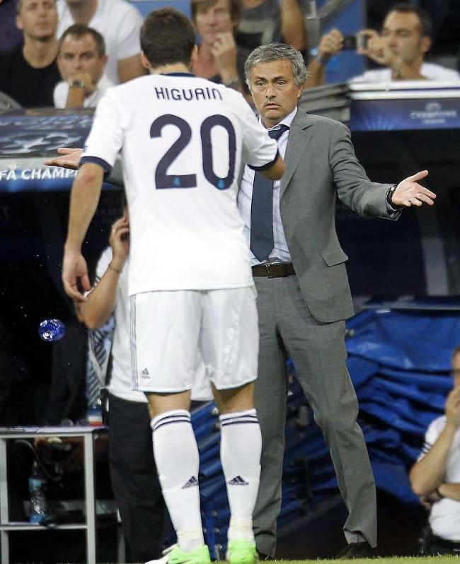 Mourinho dạy Gonzalo Higuain cách toả sáng ở Premier League - Ảnh 5.