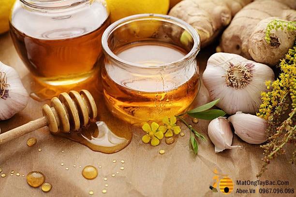 Mật ong dưỡng phổi,  tốt cho tiêu hóa, nhưng sẽ trở thành độc khi dùng theo cách này  - Ảnh 1.
