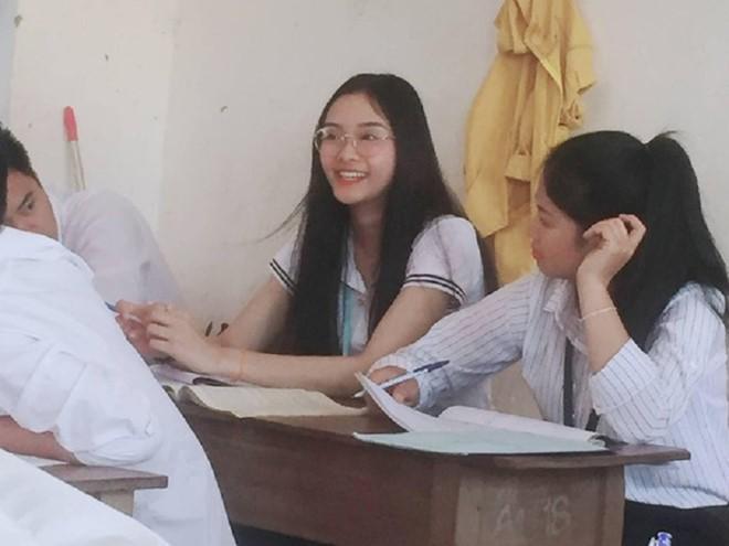Info cô giáo thực tập người Lào được học trò rần rần share nhau - Ảnh 1.