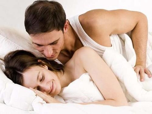 Những tư thế quan hệ dễ đậu thai theo đánh giá của chuyên gia - Ảnh 3.