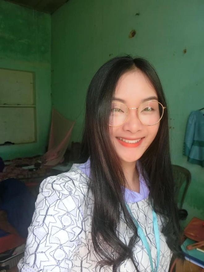 Info cô giáo thực tập người Lào được học trò rần rần share nhau - Ảnh 8.