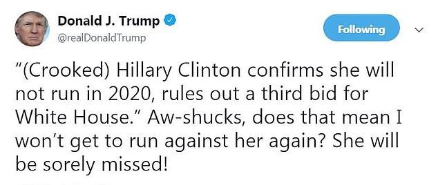 Bà Hillary Clinton bất ngờ ghi điểm trong cuộc bút chiến kịch tính với ông Trump - Ảnh 1.