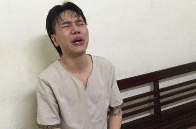 Hình ảnh ca sĩ Châu Việt Cường xuất hiện tại tòa sau 1 năm tạm giam - Ảnh 1.